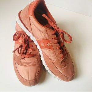 Saucony Jazz Low Pro | 11 | peach